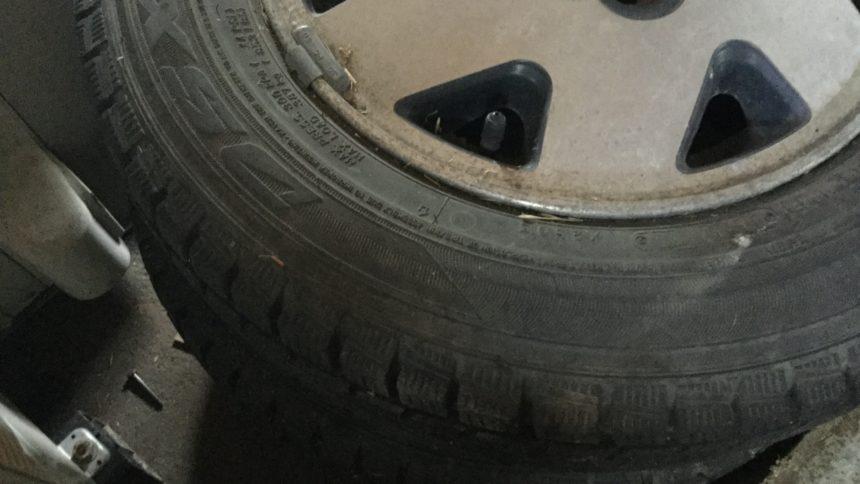 タイヤ①です。