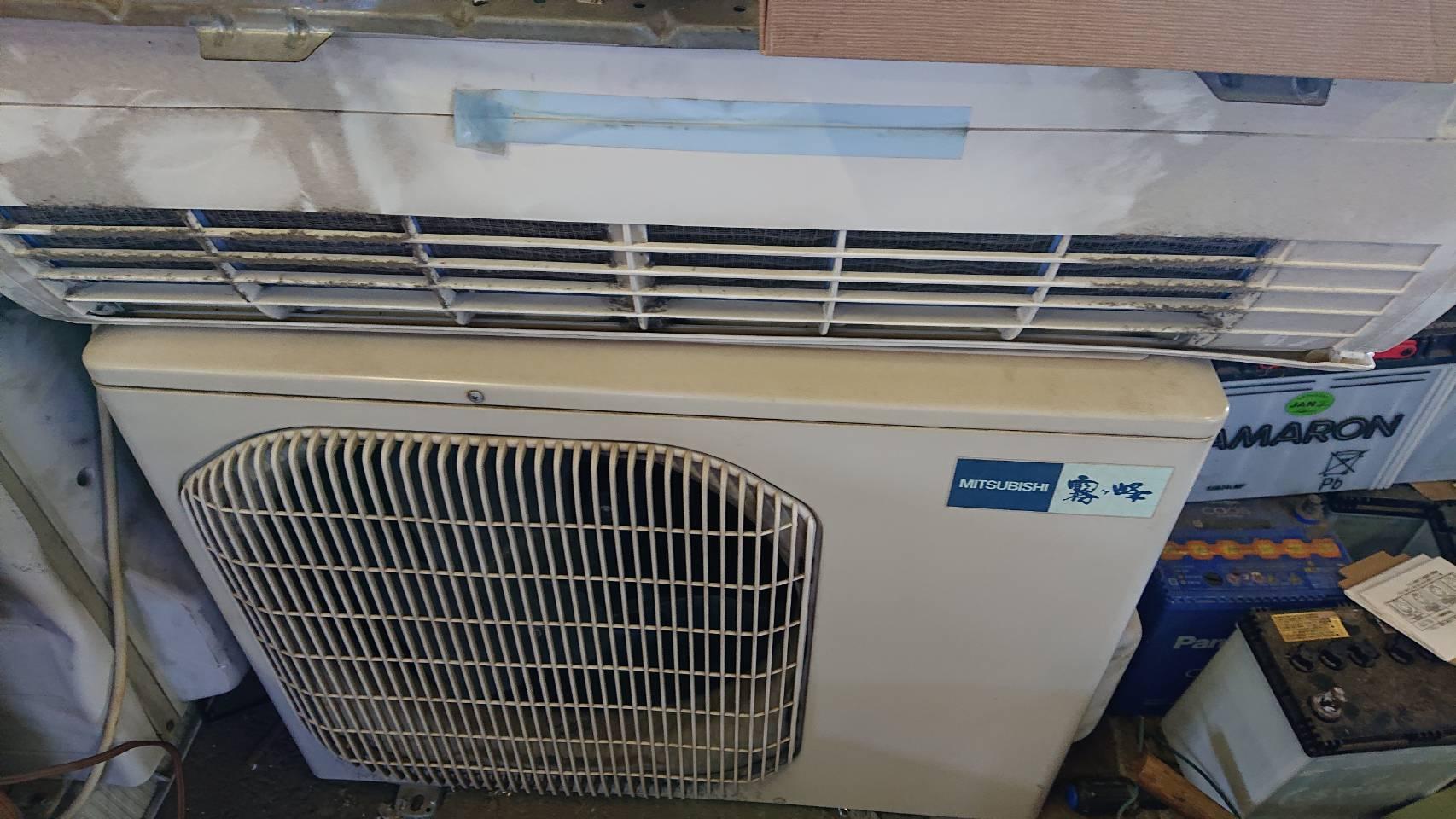 姫路市で不用品回収したエアコンです。